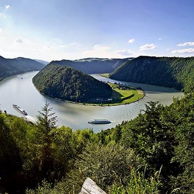 Donauslingan vid båtcykelresa