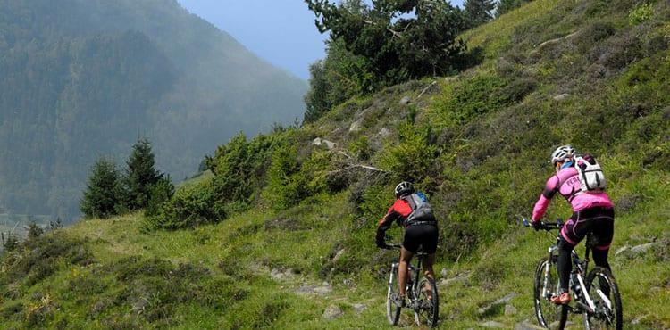 Mountainbike i Pyrenéerna, cykelresor