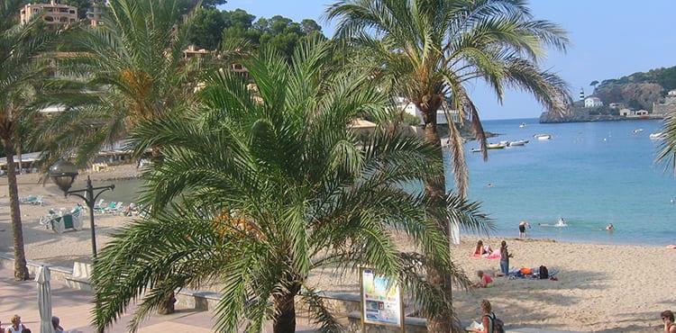 Vandringsresor på egen hand på Mallorca. EverTrek bokar boende, transporterar bagage, mm.
