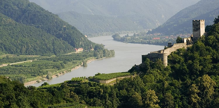 Utsikt över Donau på en av våra cykelresor