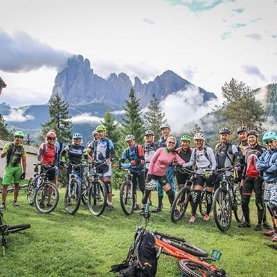 MTB grupp vid Ortisei - Trails Camp